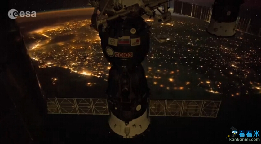 从外太空看巴西世界杯城市里约 灯火通明宛如璀璨星空