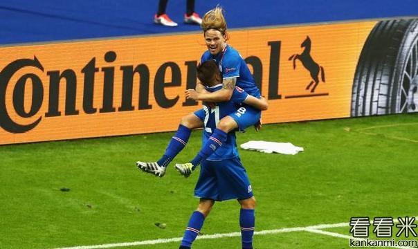 冰岛球员:对阵英格兰梦想成真