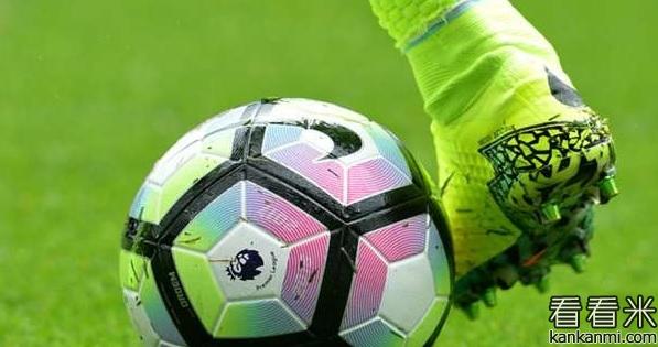 续写足球梦!英乙球队签下13岁白血病少年