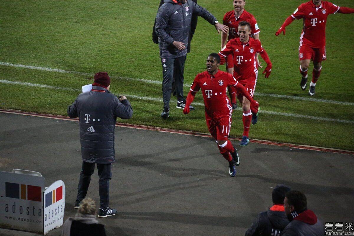 德甲-科斯塔世界波破门 拜仁1-0达姆施塔特