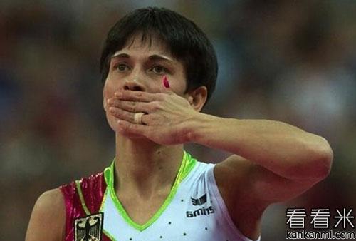 励志小故事《为了给儿子治病而坚持的奥运冠军》
